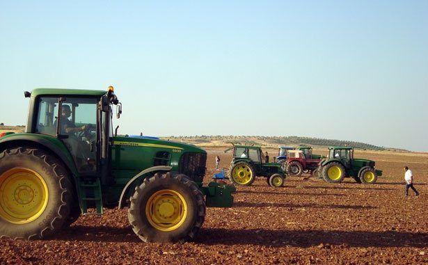UPA-UCE considera que es necesario realizar una ampliación de la reducción del IRPF en ciertos cultivos