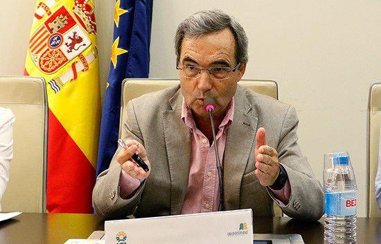 Eduardo Moyano es catedrático de Investigación del Consejo Superior de Investigaciones Científicas (CSIC) en el área de Ciencias Sociales.